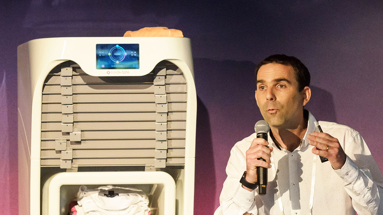 CEO of Foldimate Explains His Robot That Folds Clothes